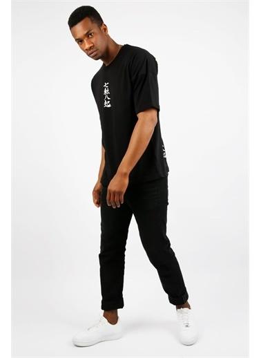 XHAN Siyah Ejder Baskılı Oversize T-Shirt  Siyah